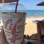 Getränk am Vrachos Beach